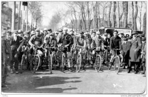 beauvais-peloton-premier-pas-dunlop-9-mars-1924
